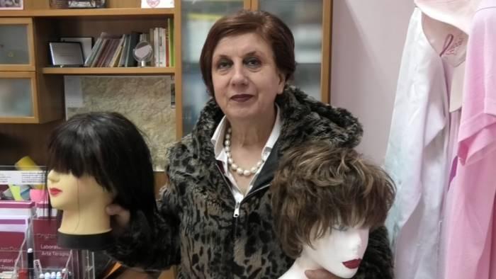 la banca della parrucca cosi aiutiamo gratis le donne malate