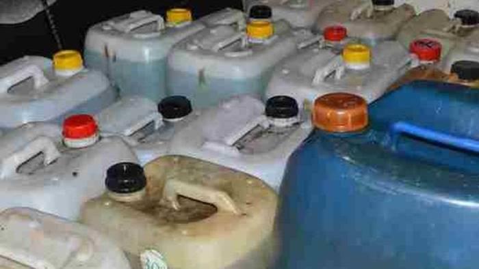 taniche di gasolio e buoni carburante sospetti due denunciati