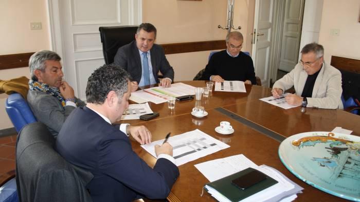 opere per 100 milioni di euro incontro alla rocca su bilancio