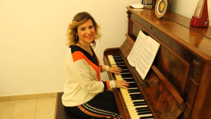 rossella fontana insegna musica ai ragazzi con autismo