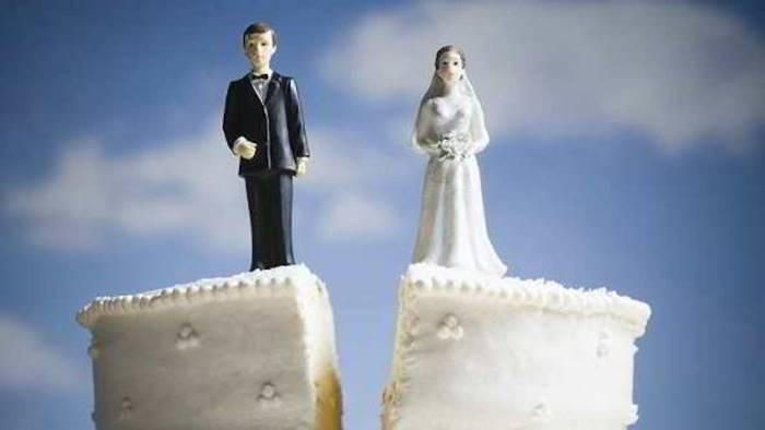 il coronavirus ferma pure i matrimoni sposini in quarantena