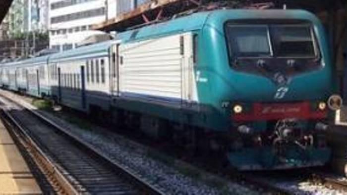coronavirus caso sospetto in treno convoglio bloccato