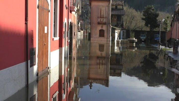 alluvioni tra montoro e forino basta emergenza