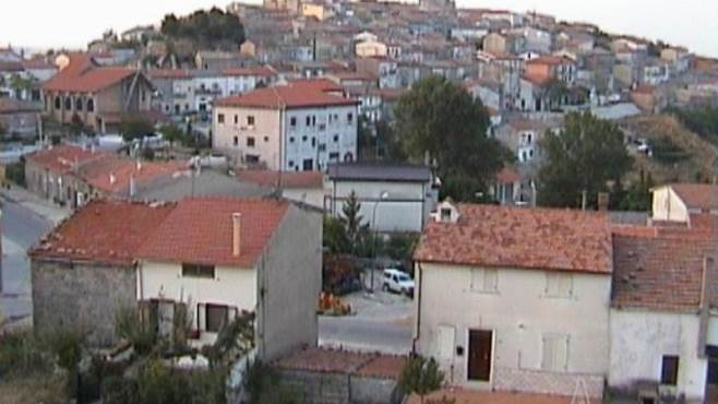 greci nel mirino dei ladri rubano anche vicino la caserma