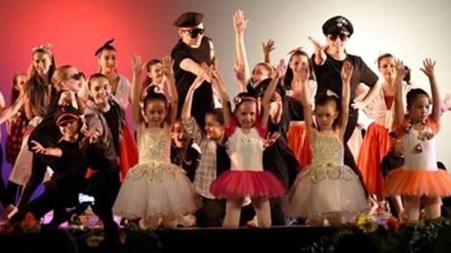 Due ballerini arianesi tra le promesse della danza in ...