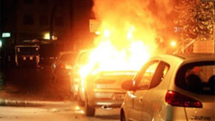 a fuoco l auto di un altro esponente di fdi an