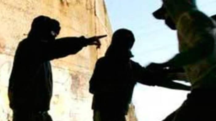 irpinia armati di coltello rapinano 13enni presa baby gang