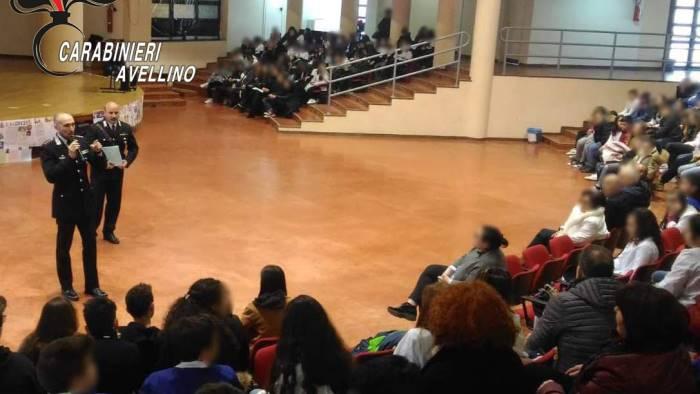 cultura della legalita i carabinieri incontrano gli studenti