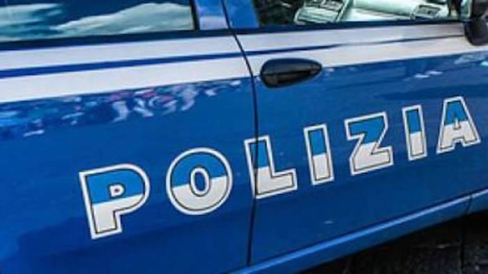 furgoni rubati nel casertano scoperto il deposito