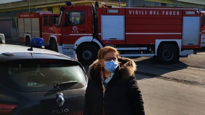 m5s incendio a sarno emergenza coronavirus e roghi tossici