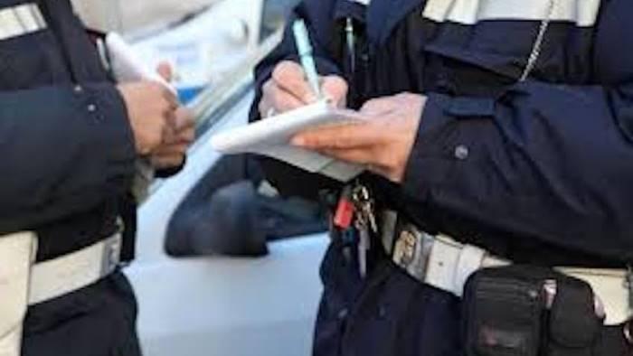 roccapiemonte 3 persone denunciate scatta la quarantena