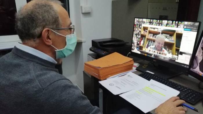 l ordine dei medici saluta via skype 41 nuovi medici