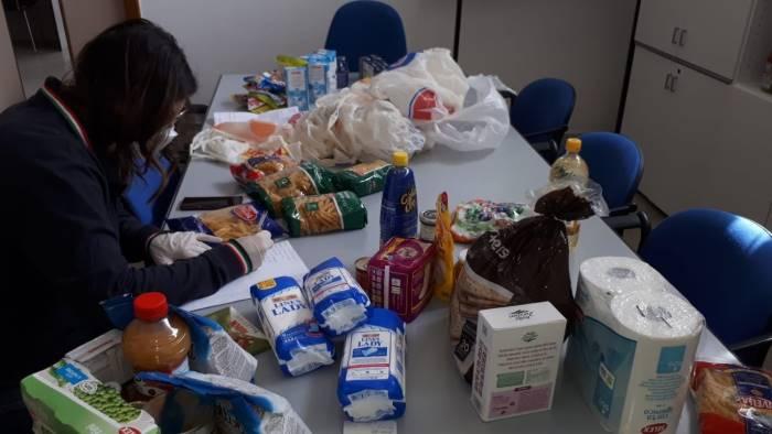 gara di solidarieta per nessun cavese senza cibo