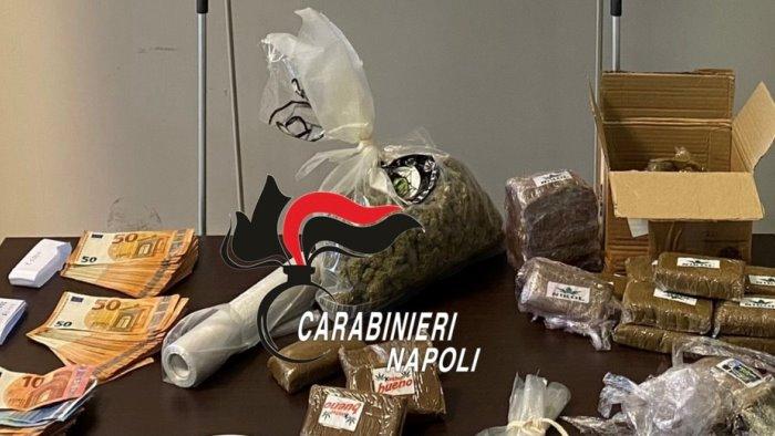 nascondeva in casa quasi 3 chili di droga arrestato