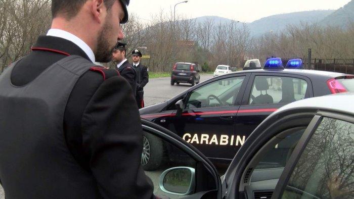 controlli a tappeto dei carabinieri raffica di denunce