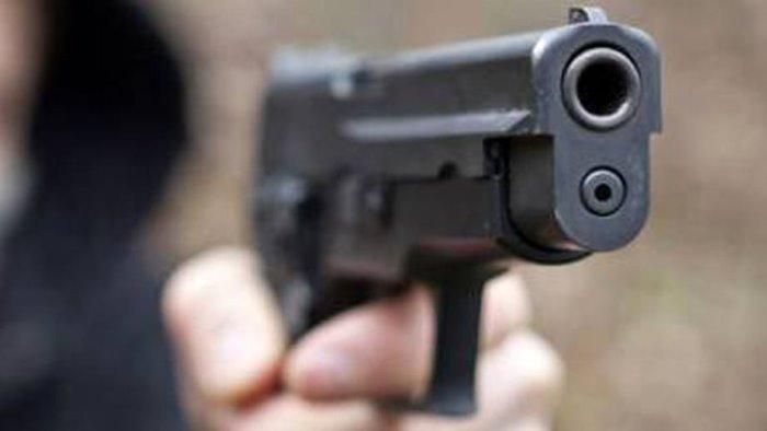 rapina a portavolari spari contro guardia giurata