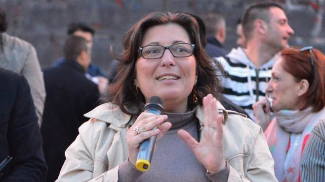 Corruzione, domenica ad Ariano arriva Valeria Ciarambino