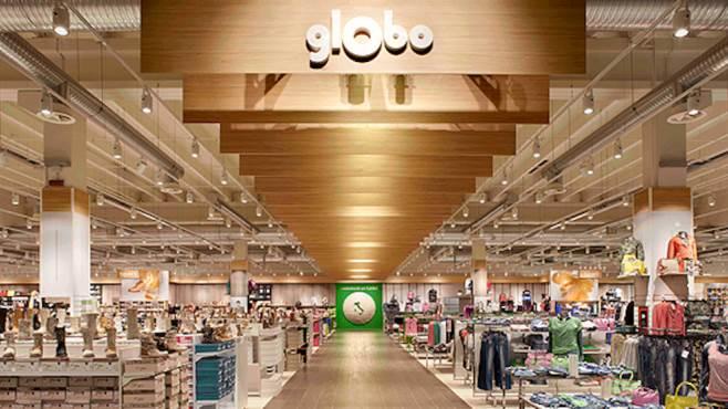 Colpo Nella Notte Al Mega Store Globo Ricco Il Bottino