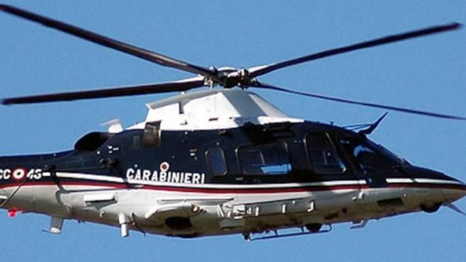 Elicottero Napoli : Lotta ai clan controlli serrati in elicottero a napoli