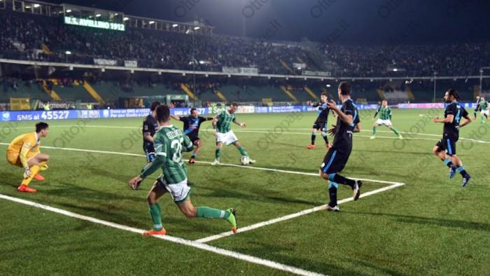 Serie B: l'Avellino stende la Spal, decide un gol di Eusepi