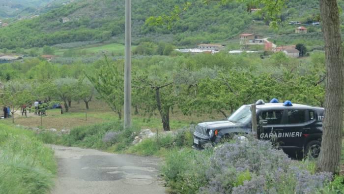 tragica pasquetta 62enne si uccide nella sua auto