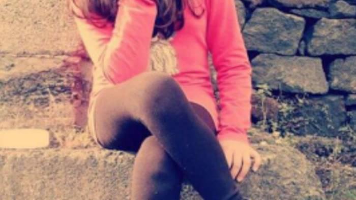 Napoli, 12enne accoltellata durante una rapina COMMENTA