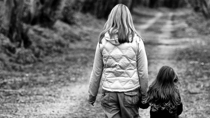 niente soldi tagliati i contributi anche alle ragazze madri