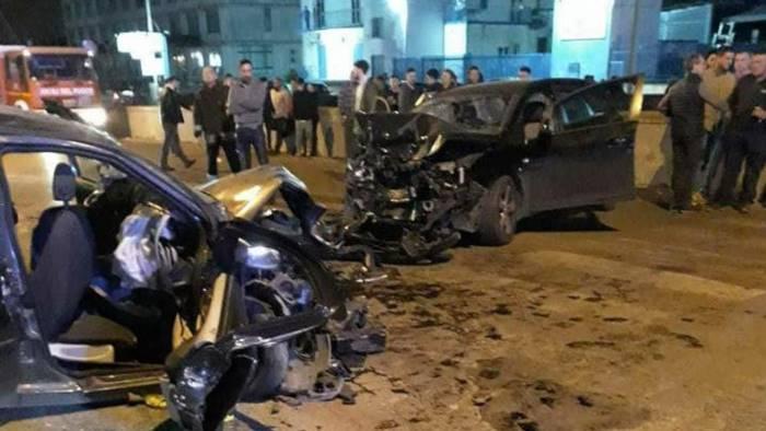 Terribile schianto nel Salernitano: morto un 17enne, gravissimo l'amico e otto feriti