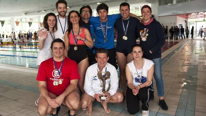 tante medaglie ai campionati italiani master nuoto pinnato