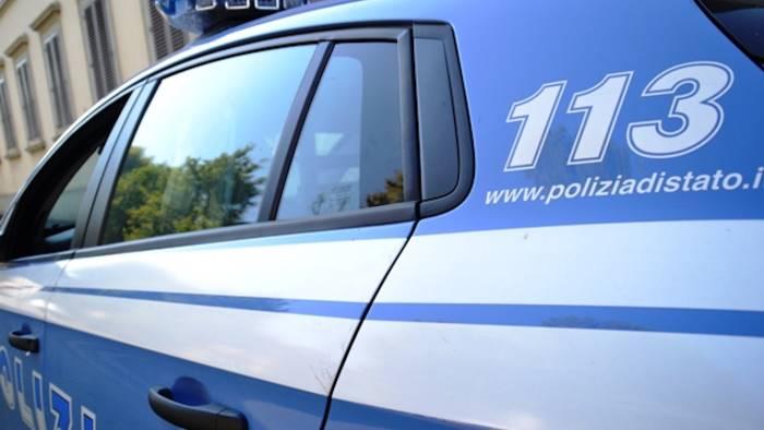 Controlli a tappeto della polizia, sgomberato un alloggio popolare in via Londra