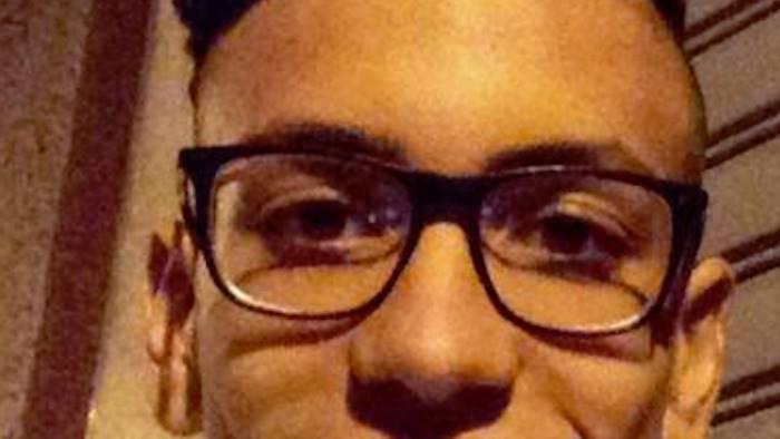 19enne investito ed ucciso da un treno in corsa. Indaga la Polizia