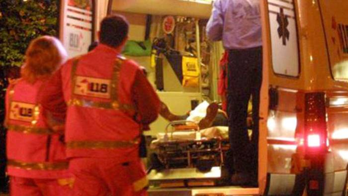 Sparatoria a Nocera Inferiore, ferito un uomo: si indaga
