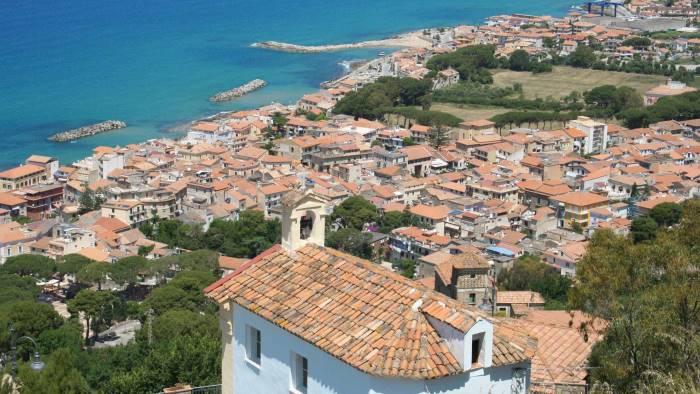 Tassa di soggiorno per le vacanze a Castellabate - Ottopagine.it Salerno