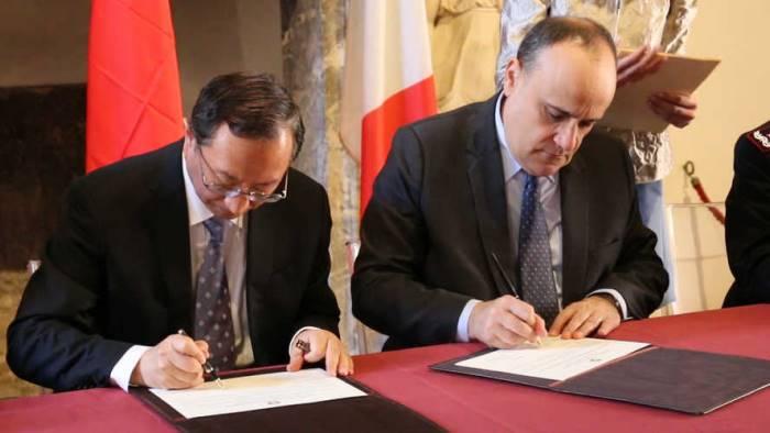 il mibac stanzia 106 milioni di euro per napoli e provincia