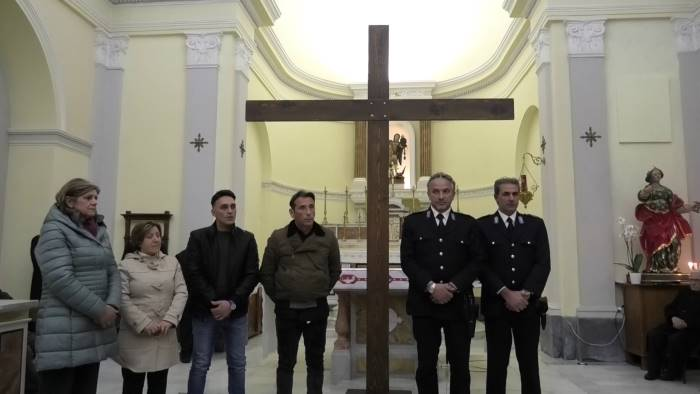 detenuti fuori dal carcere per partecipare alla via crucis
