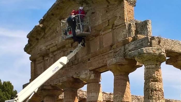 paestum ecco la svolta via al restauro del tempio di athena