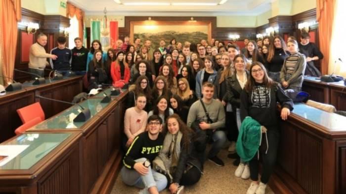 bella accoglienza ad ariano agli studenti del progetto erasmus