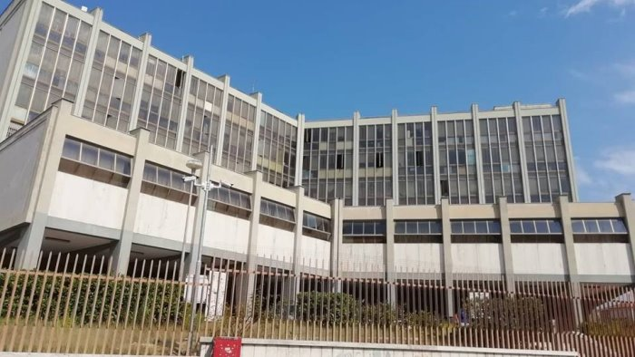 tentato omicidio figlio libardi lascia carcere dopo 11 mesi