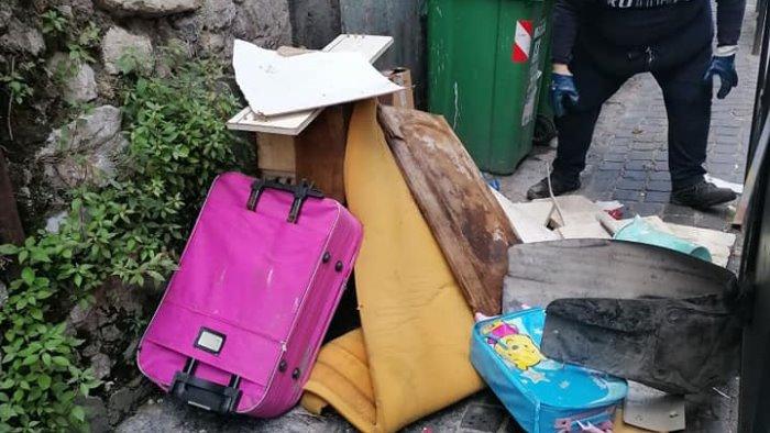 pagani abbandono rifiuti presto nuove foto trappole