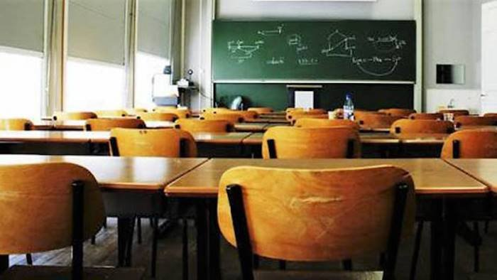scuola 26 milioni alla provincia di salerno