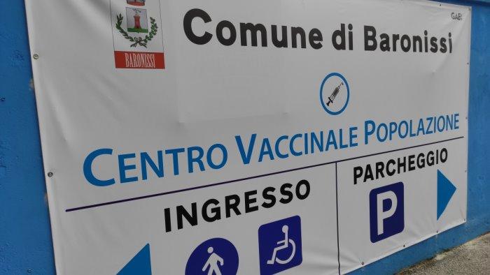 baronissi ritardo nei vaccini sindaco scrive al prefetto