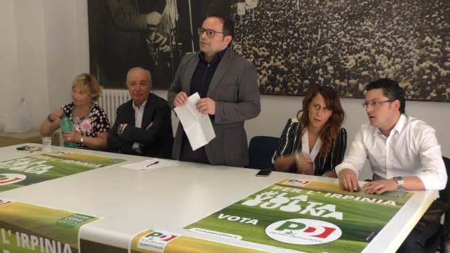 regionali de blasio presenta i candidati ora basta guapperie