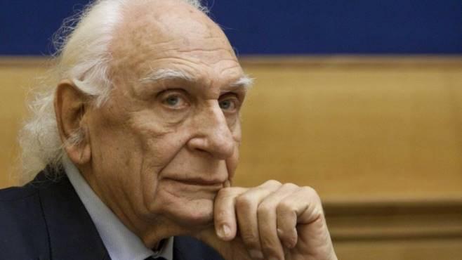 Morte Pannella, l'omaggio sui social: da Vasco Rossi a Renzi