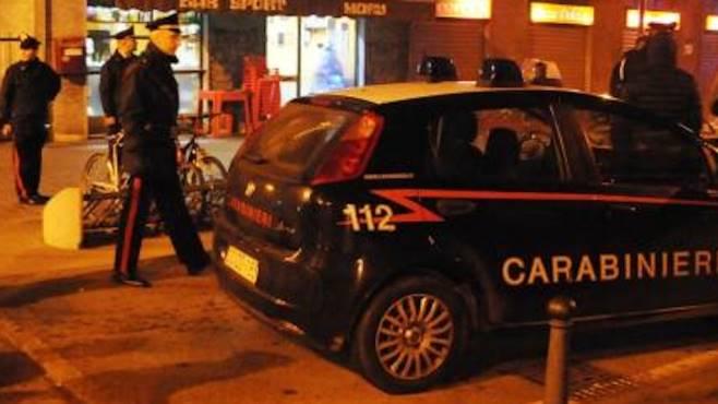 Napoli, uomo ucciso in un bar di Calvizzano