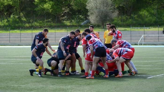 rugby dragoni sconfitti nello spareggio di cosenza