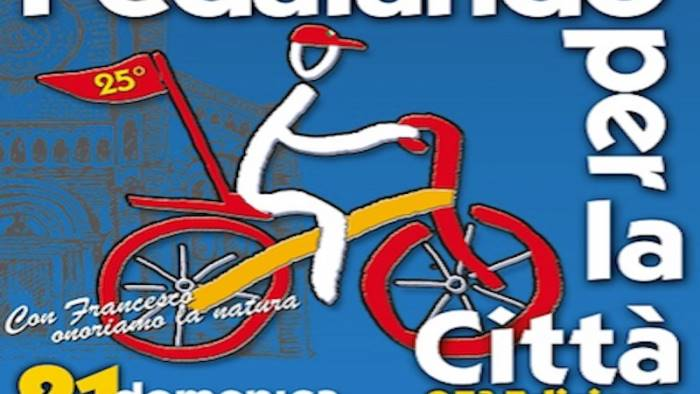 domenica 25 edizione di pedalando per la citta