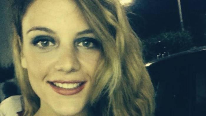 incidente tra un auto e uno scooter muore giovane donna