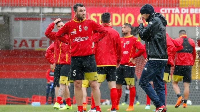 Cagliari, Joao Pedro squalificato per sei mesi. Giulini: