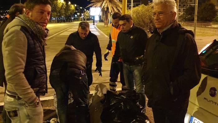 blitz del sindaco contro i ladri di rifiuti
