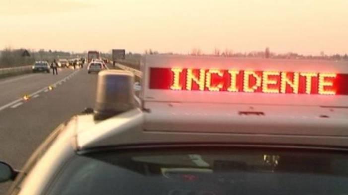 incidente sulla a3 code e traffico in tilt